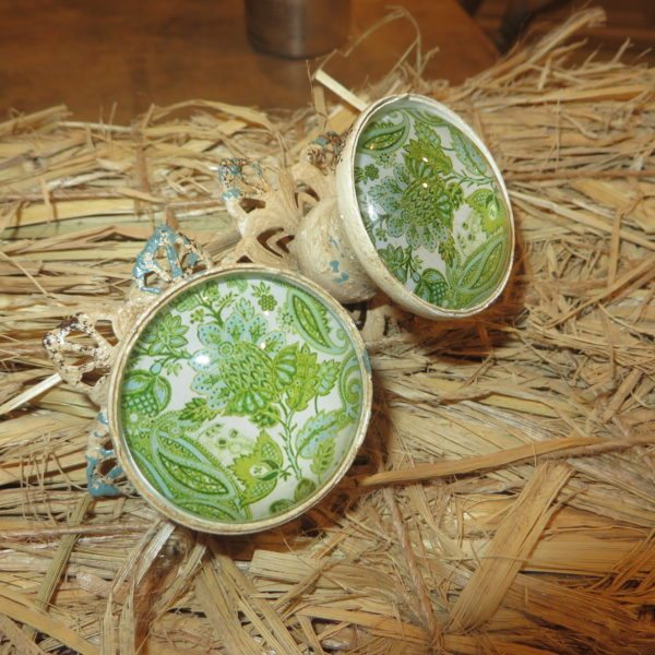 floral_green_knobs_the_gaiety_antique_and_vintage_store